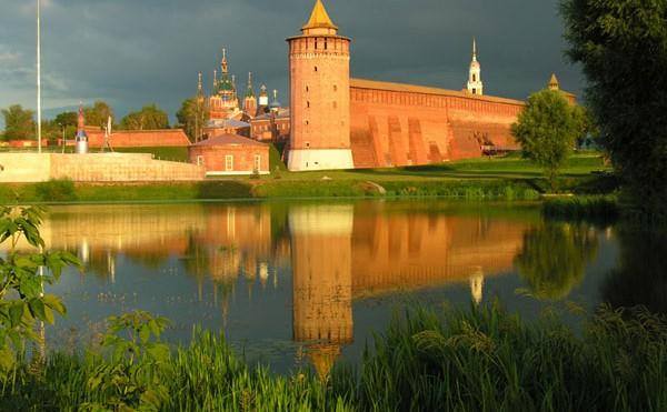 Голосуй за Коломенский кремль!